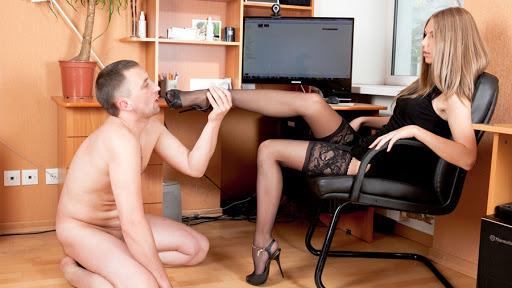 a mistress making a duties list