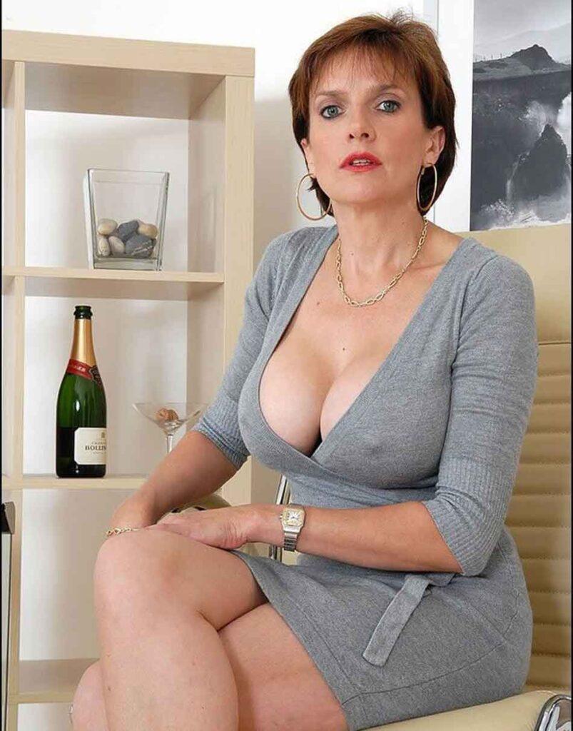 a brunette mistress